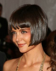 """When any one says """"Katie Holmes"""", all you think is her cuteness, her sense of humor or that she is Tom Cruise's wife! But what about Katie Holmes' great, stunning and fabulous looks. Bob Haircut With Bangs, Bob Hairstyles With Bangs, Short Hair With Bangs, Short Hair Styles, Full Bangs, Long Hair, Sexy Bob Haircut, Bob Bangs, Bangs Hairstyle"""