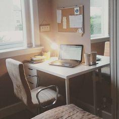 Moje domowe biuro. Pomysł, realizacja i zdjęcia