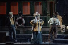 Il Tabarro. Talpa (Luigi Roni), Frugola (Renata Lamanda), Luigi (Francesco Anile)