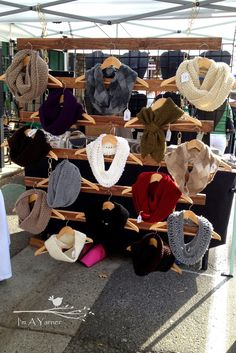 I'm a Yarner: Scarf wall/display for craft fairs