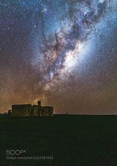 Milkyway over ruins.  This photo is of an old ruin in Beverley western Australia.  Image credit: http://ift.tt/1t40yHJ Visit http://ift.tt/1qPHad3 and read how to see the #MilkyWay  #Galaxy #Stars #Nightscape #Astrophotography