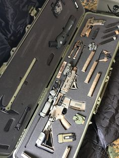 Sig Sauer M400 Enhanced FDE Sig Sauer. P226 Scorpion. Pelican case. Vortex optics