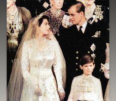 Royal Weddings, British Royals, England, Victorian, Wedding Dresses, Fashion, Bride Dresses, Moda, Bridal Gowns