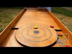 Palet Petanque - YouTube Curling Game, Bbq Games, Diy Carnival Games, Backyard Party Games, Wooden Board Games, Traditional Games, Corn Hole Game, Outdoor Games, Table Games