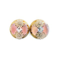 Vintage Art Deco Style Camphor Crystal Clip Earrings ($89) ❤ liked on Polyvore featuring jewelry, earrings, pink earrings, pink clip on earrings, gold tone earrings, vintage jewelry and crystal jewelry