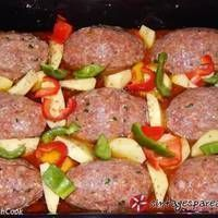 Μπιφτέκια φούρνου αφράτα Cookbook Recipes, Meat Recipes, Cooking Recipes, Minced Meat Recipe, Greek Dishes, Salisbury Steak, Food Tasting, Greek Recipes, Food Dishes