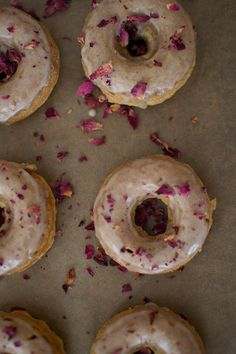Treat Mom with Cardamom   Rose Petal Baked Donuts | http://hellonatural.co/treat-mom-with-cardamom-rose-petal-baked-donuts/