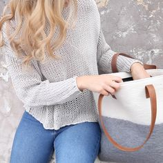 Image of Ista Felt Tote in Cream/Grey with Tan Faux Leather Handles