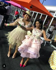 African Party Dresses, African Bridesmaid Dresses, Bridesmade Dresses, African Dress, Stylish Dresses, Elegant Dresses, Sexy Dresses, African Fashion Ankara, African Fashion Designers