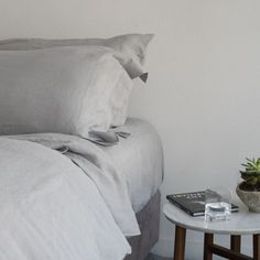 Huddleson Silver Grey Linen Duvet Cover | Luxury Italian Linen Sewn In USA