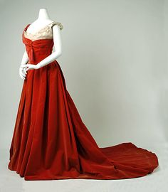 Ball Gown, House of Worth 1898, French, Made of silk