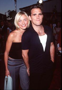 Pin for Later: 66 Couples de Célébrités Que Vous Aviez Totalement Oublié Cameron Diaz et Matt Dillon Cameron et Matt, qui ont travaillé ensemble sur le film Mary à Tout Prix en 1998, ont été en couple de 1995 à 1998.