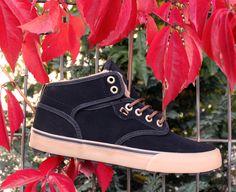 Globe brand, Globe Shoes, Globe Motley Mid Black/Gum/Fur -->