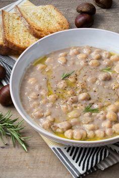 Zuppa di ceci e castagne: una cremosa e confortevole delizia. Viva l'autunno!