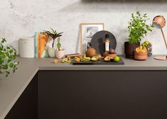 Bytt stil på kjøkkenet med ny benkeplate - Byggmakker Jasmine, Corner Desk, Kitchens, Storage, Furniture, Home Decor, Modern, Corner Table, Purse Storage