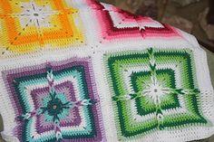 Ravelry: Ladder-Loops Block pattern by Kimberlie Goodnough ~ **Free Crochet Pattern** Afghan Crochet Patterns, Crochet Motif, Crochet Designs, Crochet Stitches, Free Crochet, Crochet Afghans, Crochet Blankets, Crochet Granny, Cozy Blankets
