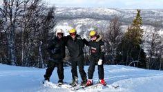 Danske gutter på skoletur i Dagali Fjellpark. Tre dager med skikjøring, kjelker og moro i snøen.