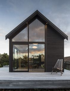 A 45-square-metre studio designed for an exposed Wellington hilltop - Homes To…