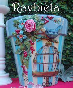 Clay Pot Projects, Clay Pot Crafts, Diy And Crafts, Craft Projects, Flower Pot Art, Flower Pot Design, Flower Pot Crafts, Painted Clay Pots, Painted Flower Pots