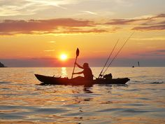 Looking for Things to Do in St. Go Kayak Fishing in St. Fish for Tarpon, Grouper, Snapper & More! The Ultimate Fishing Tour on St. Best Fishing Kayak, Gone Fishing, Fishing Tips, Sea Angling, Big Joke, Fishing Techniques, Water Crafts, Kayaking, Canoeing