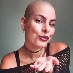 Bald Head Women, Bald Girl, Close Shave, Shaving Razor, Bald Heads, Cool Haircuts, About Hair, Absolutely Gorgeous, Hair Loss