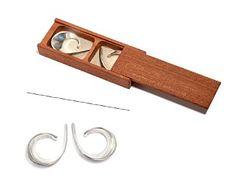 "TONE VIGELAND OSLO 1938  Ørepynt ""Slynge"" PLUS for Norway Designs. Sølv. Smidd form. Formgitt 1958. Design Art, Modern Design, Accessories, Contemporary Design, Jewelry"