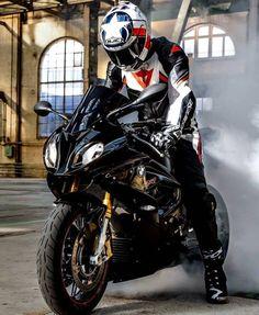 Bike Leathers, Custom Sport Bikes, Motorcycle Suit, Bike Photography, Biker Gear, Motocross Bikes, Bmw S1000rr, Sportbikes, Harley