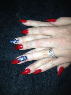 4th of July stiletto nails