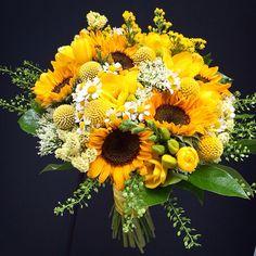 Ramo de novia en tonos amarillos realizado con girasoles