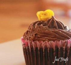 Treat yourself to Free Cupcake Decorating and Chocolate Making Valentine's Week
