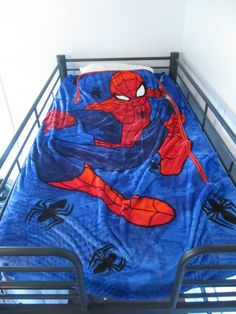spiderman zippy sack, hooded towel and plush giveaway ends 9/21/2016