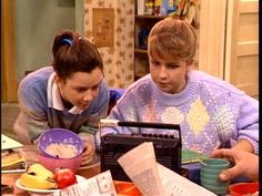 Darlene (Sara Gilbert) and Becky (Lecy Goranson) are like night and day, but they both appreciate a breakfast morning radio listen when it means a potential school closing. Darlene Conner, Lecy Goranson, 80s Shows, Amy Sherman Palladino, Sara Gilbert, Roseanne Barr, One Liner, Day For Night, Theme Song