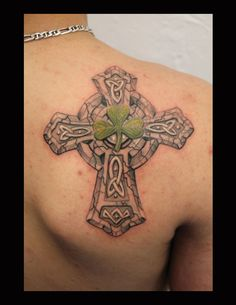 Celtic Cross & Clover Tattoo Picture