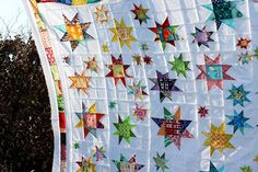 beautiful star quilt by fluffy sheep quilting