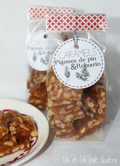 Caramels pignons de pin et romarin Cookie Packaging, Food Packaging, Packaging Design, Homemade Candies, Homemade Gifts, Food Business Ideas, Creative Gift Wrapping, Candy Making, Christmas Candy