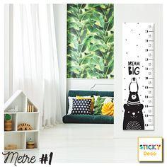 Μέτρο για Παιδικό Δωμάτιο!  Αυτοκόλλητο Αναστημόμετρο σε μαύρο/άσπρο χρωματισμό. Έξυπνη πρόταση διακόσμησης του δωματίου σε elegant σχεδιασμό. Συνδυάστε το με αυτοκόλλητα τοίχου σε μαύρο πουά! Dream Big, Penguin, Toddler Bed, Wall Decor, Decoration, Furniture, Home Decor, Child Bed, Wall Hanging Decor