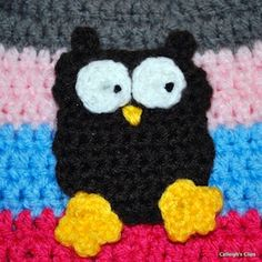 Crochet Owl Applique - Free by Elisabeth Spivey of Calleigh's Clip and Crochet Creations  Owls Part 3 - Animal Crochet Pattern Round Up - Rebeckah's Treasures