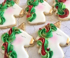 Decorated unicorn cookies decorated with royal icing and fondant. Some easy DIY unicorn cookies and many colorful, rainbow unicorn cookies! Iced Sugar Cookies, Christmas Sugar Cookies, Christmas Sweets, Royal Icing Cookies, Holiday Cookies, Chocolate Cookies, Cupcakes, Cupcake Cookies, Holiday Baking