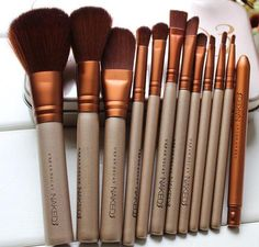 12 pcs makeup brushes set pinceaux Cosmetic tools kit Eyeshadow Lip Foundation Concealer Brush goat hair make up brushes