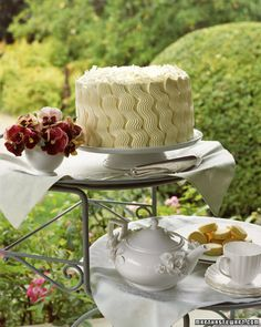 Teatime Coconut Layer Cake - wavy vertical stripes piped with Ateco 898 large basketweave tip / tube