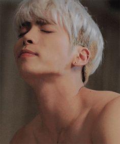#SHINee #Jonghyun solo vcr