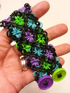 Rainbow Loom Patterns: Stained Glass Rainbow Loom Pattern (youtube tutorial)