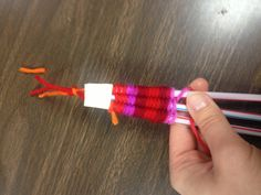 Soda Straw Yarn Bracelet....awesome school agers project for this summer!