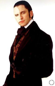 HQ Gerard Butler as The Phantom Of the Opera - 2004