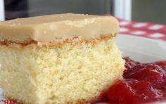 Recette:Gâteau au sucre à la crème. My Recipes, Cake Recipes, Dessert Recipes, Cooking Recipes, Dessert Ideas, Easy Desserts, Delicious Desserts, Yummy Food, Vitamins