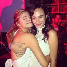 "Photos: Stefanie Scott At Her ""Jem And The Holograms"" Wrap Party With Her Co-Stars May 29, 2014"