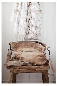 Love the distressed leather on this bag!