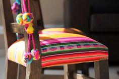 Silla matera tapizada con aguayo
