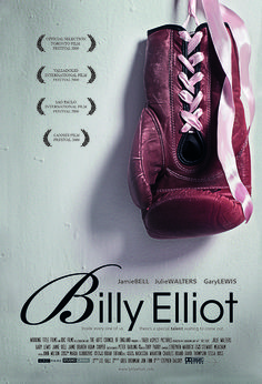 """Billy Elliot - Stephen Daldry 2000 - -- """"A shy passion for ballet angers and upsets his working-class family, who are struggling to survive in an industrial Britain hit hard by the miners' strike. Billy Elliot, Best Movie Posters, Film Posters, See Movie, Movie Tv, Film Musical, Jamie Bell, I Love Cinema, Old Movie Stars"""