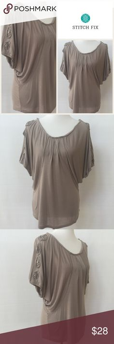 Selling this Mystree for Stitch Fix Dolman Top on Poshmark! My username is: dcgirl04. #shopmycloset #poshmark #fashion #shopping #style #forsale #mystree #Tops